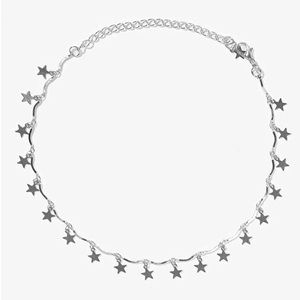 Jewelry - Boutique Silver Star Choker Necklace